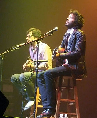 Flight of the Conchords - Jemaine Clement (left) and Bret McKenzie (right) performing at Gramercy Theatre in New York on 14 June 2007