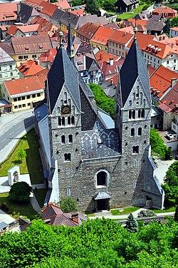 Friesach Stadtpfarrkirche vom Petersberg 21052009 22.jpg