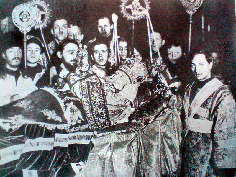 File:Funeral of patriarch Tikhon.JPG