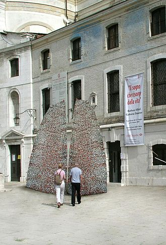 Gabriela Dauerer - Venice Biennale 2003