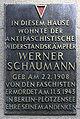 Gedenktafel Grünberger Str 85 (Friedh) Werner Schaumann.jpg