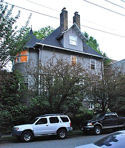 George F. Heusner House, side view.jpg