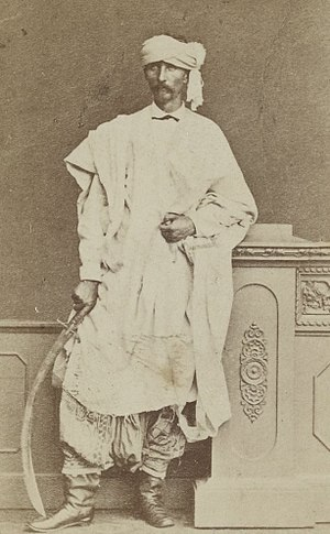 Friedrich Gerhard Rohlfs - Rohlfs posing with a scimitar