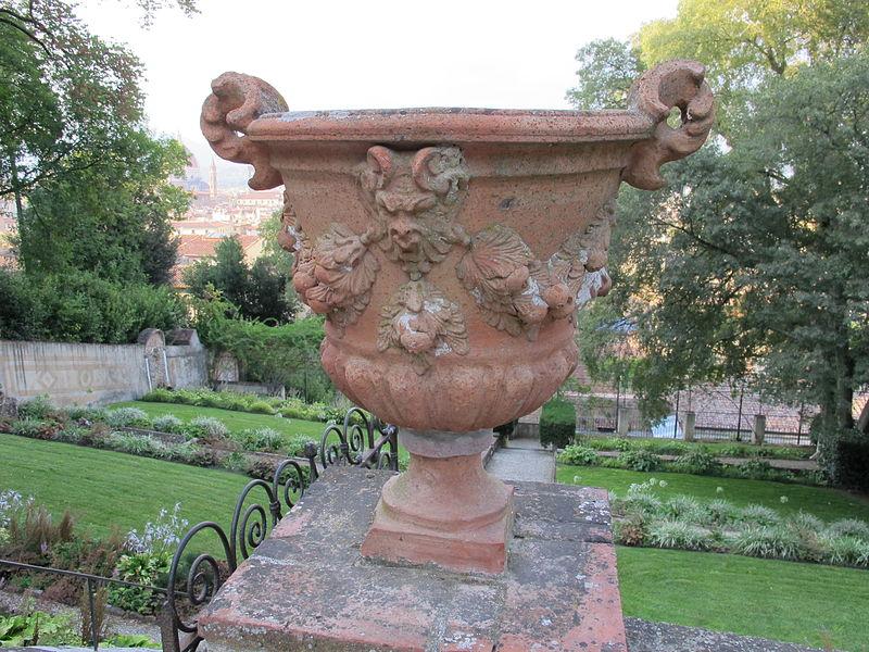 File giardino a terrazze fioriera jpg wikimedia commons - Giardino a terrazze ...