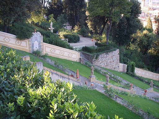 Firenze, Giardino Bardini, vista della scalinata barocca