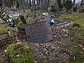 Giedraiciai Cemetery - panoramio (1).jpg