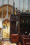 Gloucester Cathedral (Holy Trinity) (14993977367).jpg