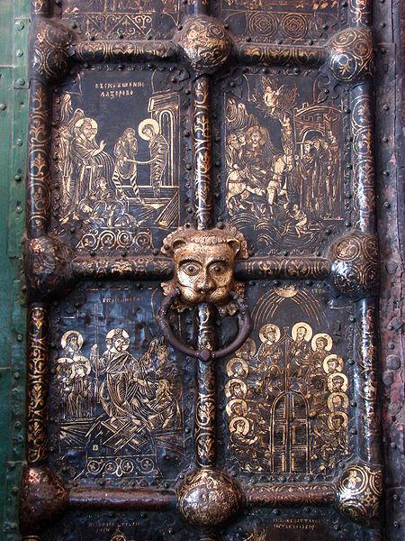 Файл: Золотой Двери - собор Рождества - Суздаль - Russia.JPG