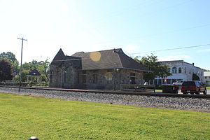 Spier & Rohns - Image: Grass Lake Michigan Central Railroad Depot 2