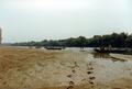 Großfahrt des Pfadfinderstammes Ägypten entlang der Theiß, 1992 - abendliches Anlanden.png