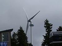 Grouse Mountain windturbine.JPG