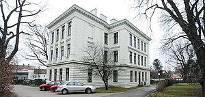 GuentherZ_2011-02-19_0013_Wien23_BezirksmuseumLiesing.jpg