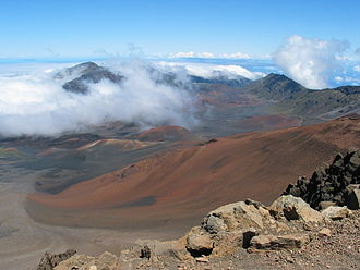 Maui - Looking into the Haleakalā crater