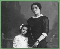 Hannah Arendt and Mother 1912