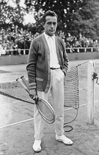 Henri Cochet - Cochet at the French Championships in 1922