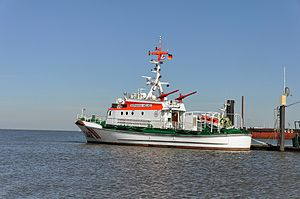 Hermann Helms (ship, 1985) 2012 05-by-RaBoe 03.jpg