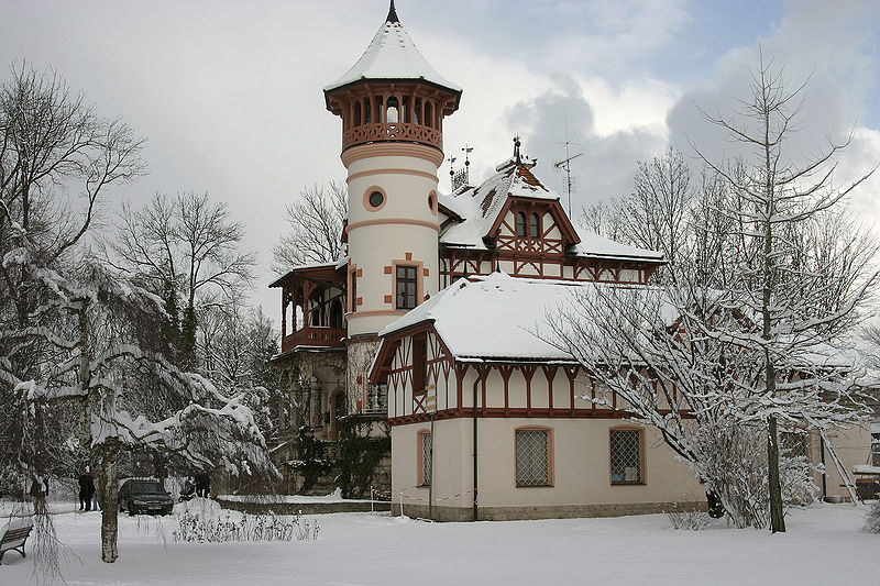 Plik:Herrsching - Little Castle 04.jpg