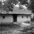 Hiša, stara lesena (ofrajhana, ometana), Dolnji Križ 1957 (2).jpg