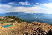 Hida Mountains and Ninoike from Mount Ontake (wide).jpg
