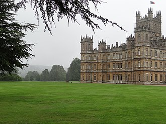 Jeeves and Wooster - Image: Highclere Castle July 2012 (2)
