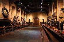 220px-Hogwarts_Great_Hall-geograph-3264173