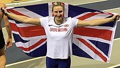 Holly Bradshaw.  Hopeamitalisti European Indoors Champsissa, Glasgow, maaliskuu 2019.jpg