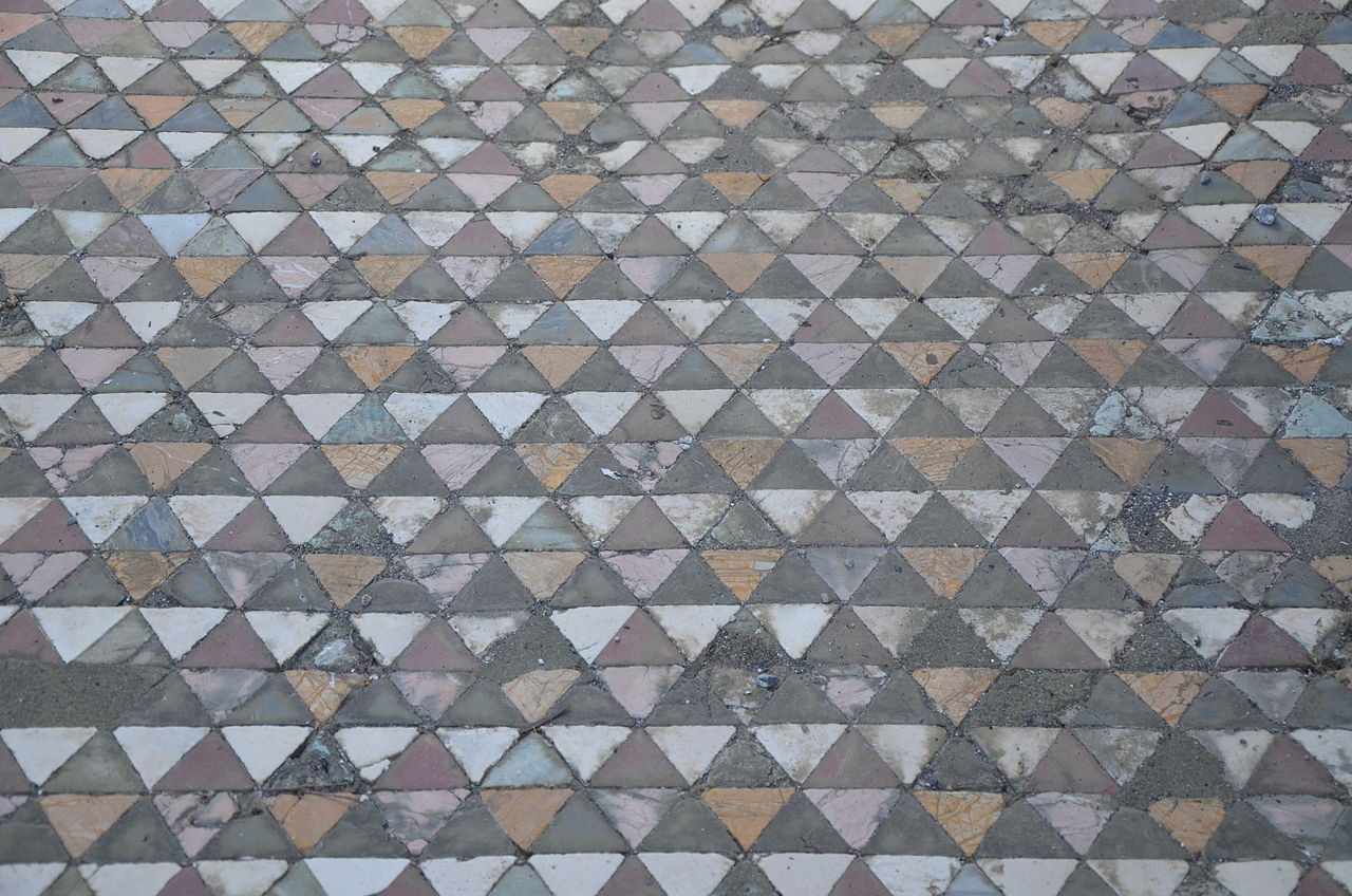 File House Of The Faun Decorated Floor Consisting Small Triangular Pieces Coloured Marble Inside Fauces Vestibule Pompeii 15040947641 Jpg