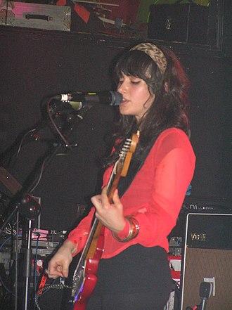 Howling Bells - Juanita Stein, Portsmouth, 2006.