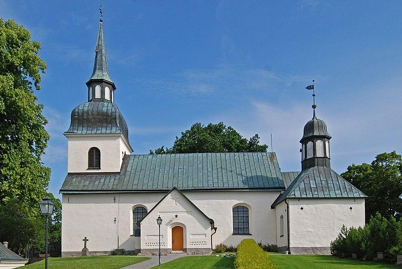 Husby-Rekarne kyrka 2014