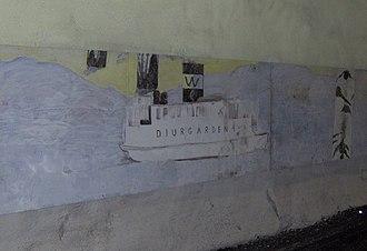 Husby metro station - Image: Husby tunnelbanestation, väggmålning