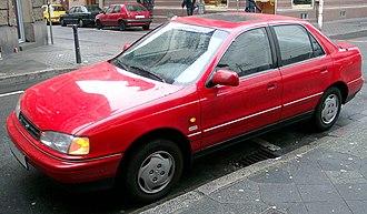 Hyundai Elantra - 1992 Hyundai Lantra (Europe)