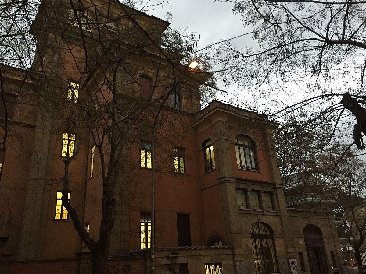 Istituto d 39 istruzione superiore tommaso salvini wikipedia for Istituto superiore