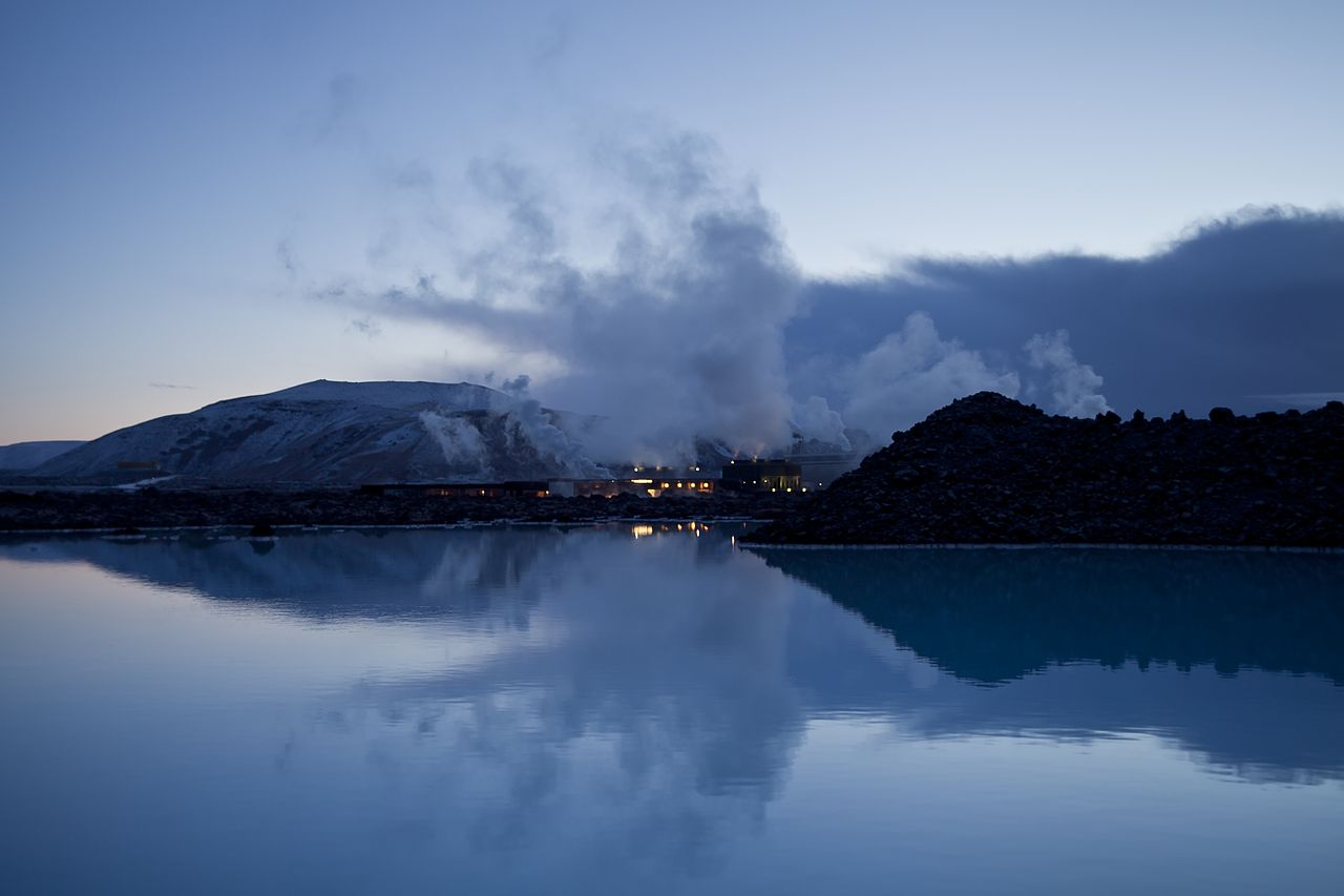 Iceland Blue Lagoon courtesy of wikipedia Creative Commons Sarah1990