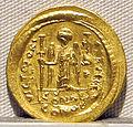 Impero romano d'oriente, giustiniano, emissione aurea, 527-565, 02.JPG