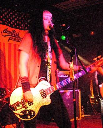 Gothabilly - Jacqui Vixen of Devilish Presley in 2008