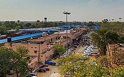 Jaipur 03-2016 32 Jaipur railway station.jpg