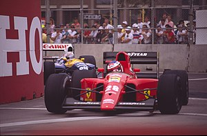 1991 United States Grand Prix - Jean Alesi is pursued by Riccardo Patrese.