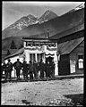 Jeff Smith's Parlor, 1898 (MOHAI 5227).jpg