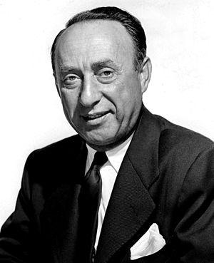 Pasternak, Joe (1901-1991)