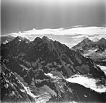 Johns Hopkins Glacier and Mount Abbe, hanging glaciers, aretes and mountain glaciers, August 23, 1976 (GLACIERS 5514).jpg