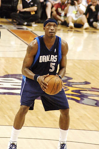Josh Howard - Howard preparing to shoot a free throw