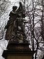 KA Skulptur Alter Friedhof Februar 2012.JPG