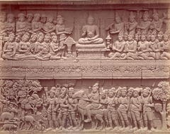 KITLV 90039 - Isidore van Kinsbergen - Reliefs on the Borobudur near Magelang - Around 1900.tif