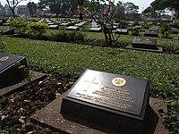 Kanchanaburi POW cemetery (3187724940).jpg
