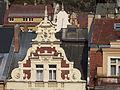 Karlovy Vary, štíty domů na tržišti.JPG