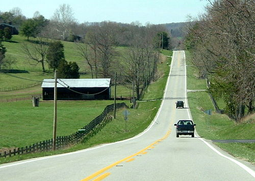 At 464 miles (747 km) long, Kentucky Route 80 is the longest route in Kentucky, pictured here west of Somerset. Kentucky Route 80 in Pulaski County.jpg