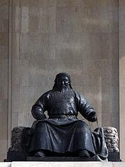 Khubilai statue