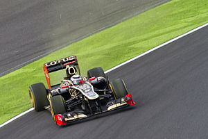 2012 Japanese Grand Prix - Räikkönen spun at Spoon curve.