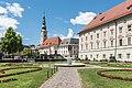 Klagenfurt Landhaus Kogelnikbrunnen und Heiligengeistkirche 18072016 3135.jpg