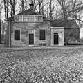 Koetshuis, rechter zijgevel - Zeist - 20221587 - RCE.jpg